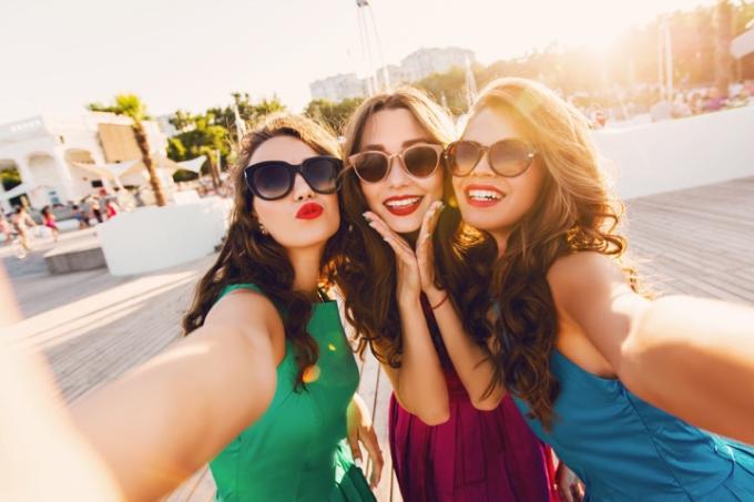 Ba bước đơn giản của các beauty blogger