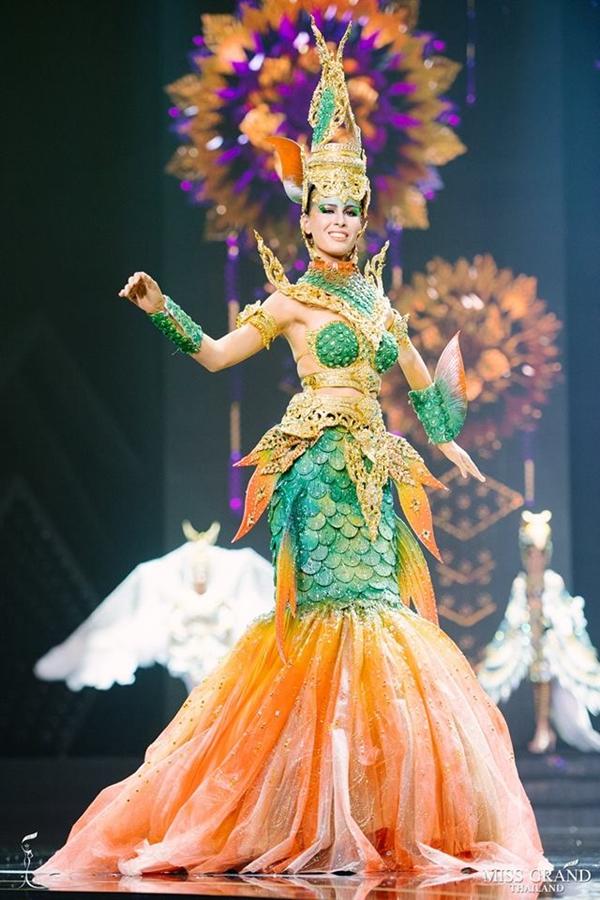 Trang phục truyền thống của thí sinh Hoa hậu Hòa bình Thái Lan 2018 - 1