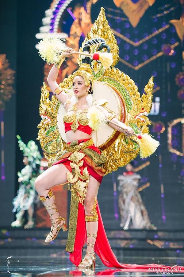 Trang phục truyền thống của thí sinh Hoa hậu Hòa bình Thái Lan 2018 - 3
