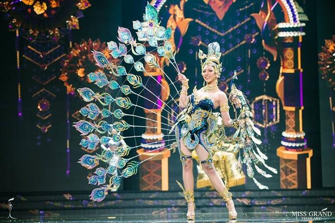 Trang phục truyền thống của thí sinh Hoa hậu Hòa bình Thái Lan 2018 - 4