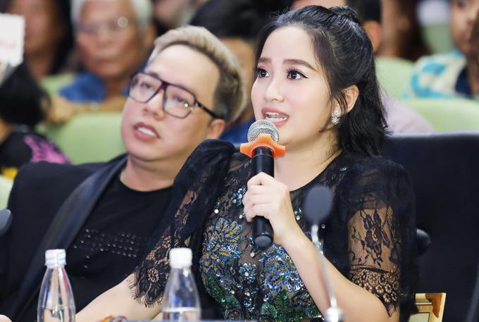 Quoc Co thap tung ba xa Hong Phuong di cham thi