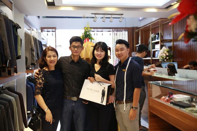Nhiều diễn viên dự khai trương Mon Amie Suit - Sài Gòn Pearl - 1