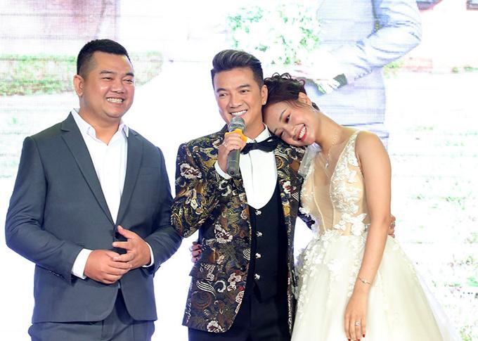 Mr Dam va dan ca si du tiec cuoi Ha Thuy Anh tai TP HCM