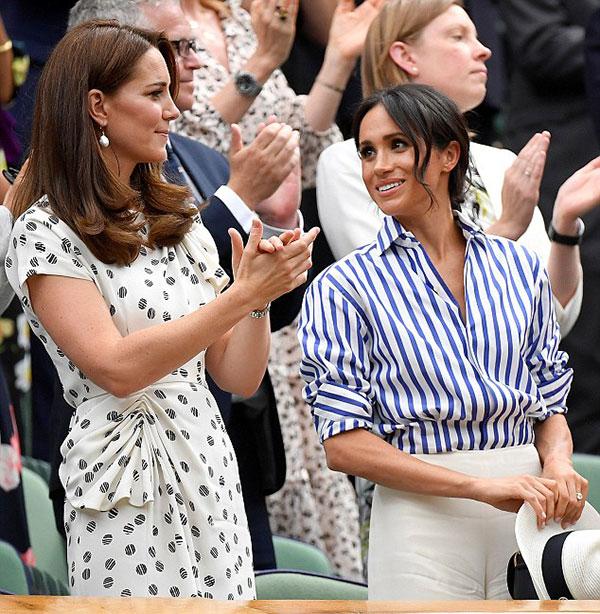 Meghan theo dõi biểu hiện trên gương mặt của Kate để học hỏi. Ảnh: Reuters.