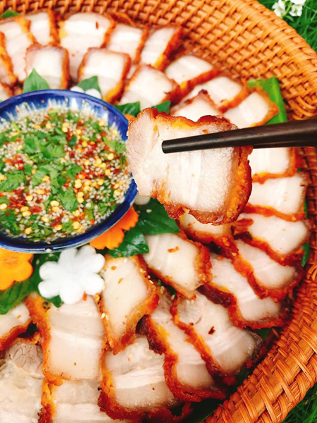 Thịt chiên kiểu Thái - 1