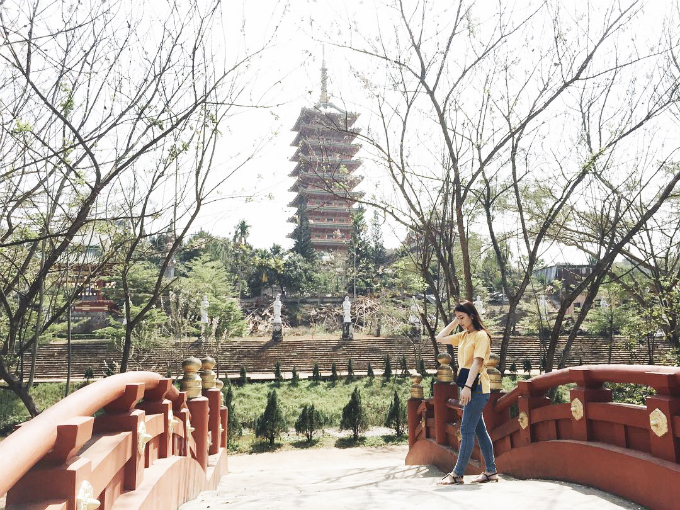 Chùa tọa lạc trên một ngọn đồi trên đường Nguyễn Viết Xuân, thành phố Pleiku. Ảnh: henlylala