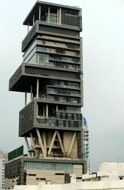 Ngôi nhà đắt nhất thế giới trị giá 1 tỷ USD nằm ở Mumbai. Ảnh: AFP.