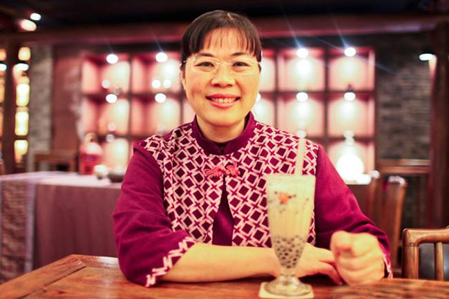 Bà Lin Hsiu Hui, người được coi là đã phát minh ra món trà sữa.