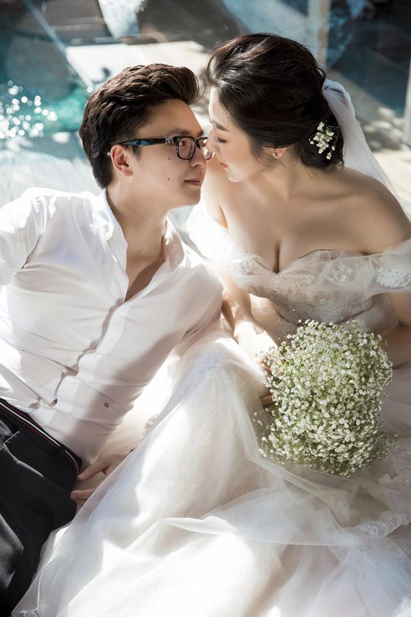 Ảnh cưới lãng mạn của Á hậu Tú Anh và hôn phu kém một tuổi - 10
