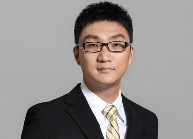Colin Huang, 38 tuổilà một trong những doanh nhân hiếm hoi của Trung Quốc từng làm việc tại thung lũng Silicon trước khi về nước khởi nghiệp. Ảnh: Next Shark.