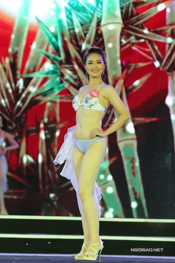 Thí sinh miền Bắc Hoa hậu VN trình diễn bikini (2) - 4