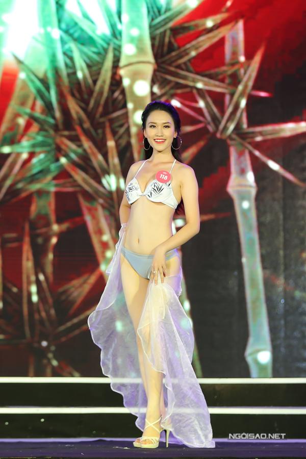 Thí sinh miền Bắc Hoa hậu VN trình diễn bikini (2) - 6
