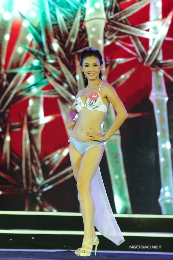 Thí sinh miền Bắc Hoa hậu VN trình diễn bikini (2) - 9
