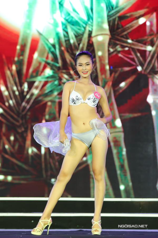 Thí sinh miền Bắc Hoa hậu VN trình diễn bikini (2) - 12