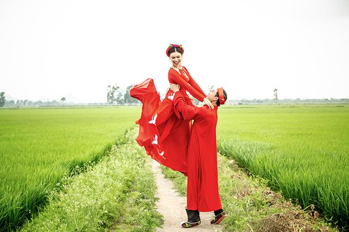 Ca sĩ Phạm Phương Thảo được diễn viên Tiến Lộc cầu hôn giữa cánh đồng 3