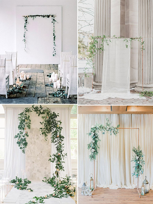 Chìa khóa cho việc trang trí cổng hoa minimalist là hãy làm mọi thứ thật đơn giản. Để tạo nét cá tính cho cổng cưới, bạn có thể chọn khung kim loại được sơn mạ vàng.