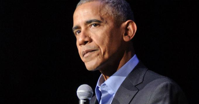 Cựu tổng thống Mỹ sẵn sàng nộp thêm thuế để chia sẻ cho người nghèo. Ảnh: CNBC.