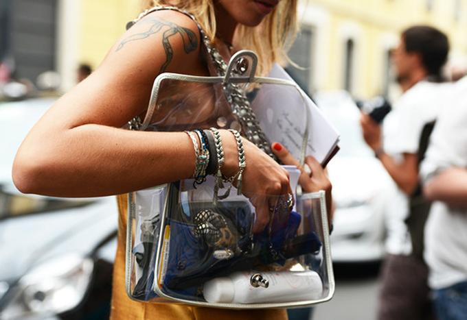 Cuộc chiến túi nhựa trong của các thương hiệu nổi tiếng
