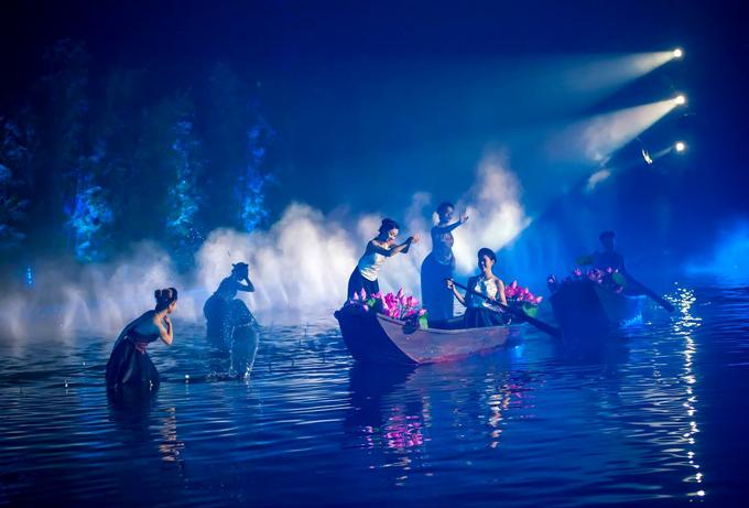 Show diễn thực cảnh Tinh hoa Bắc bộ lập hai kỷ lục Việt Nam