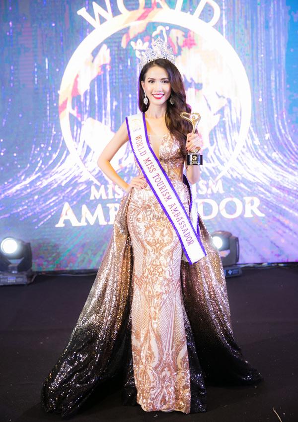 Người đẹp Tiền Giang hạnh phúc khi chiến thắng trong cuộc thi nhan sắc cấp quốc tế.