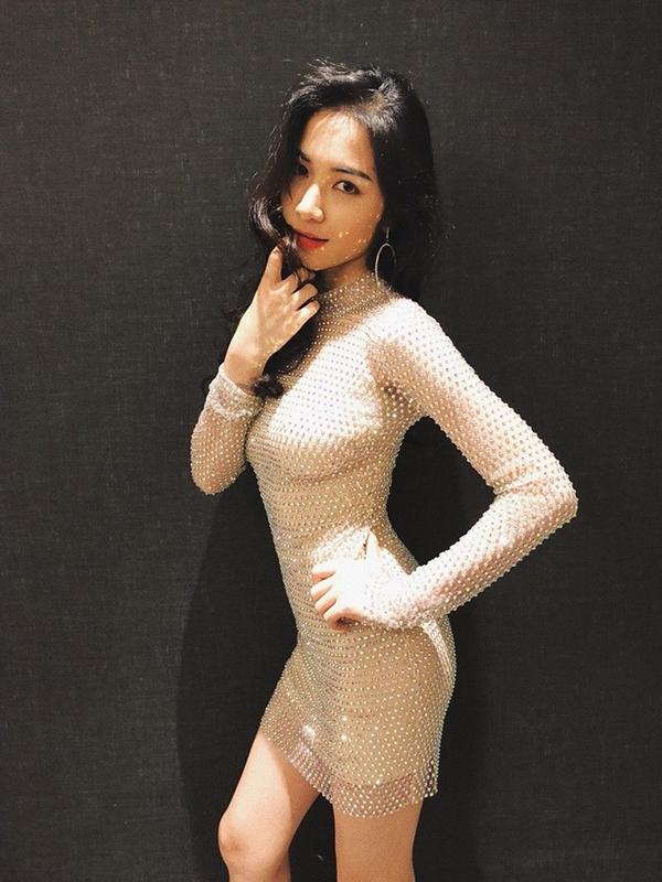 Hòa Minzy tiết lộ bí quyết giảm 10 kg, eo nhỏ hơn Ngọc Trinh - ảnh 6