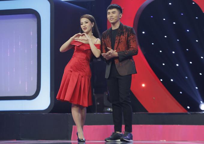 Diễn viên Puka cùng ca sĩ Will cầm trịch show này. Tập 7 Tần số tình yêu phát sóng vào 21h40 ngày 10/8 trên kênh HTV7.