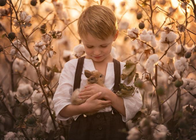 Việc nắm bắt được tâm trạng của trẻ cũng vô cùng quan trọng.Và phong cảnh xung quanh cần phù hợp với tâm trạng đó.