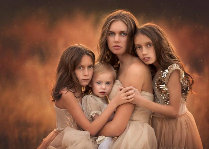 ... và những cô con gái xinh đẹp.