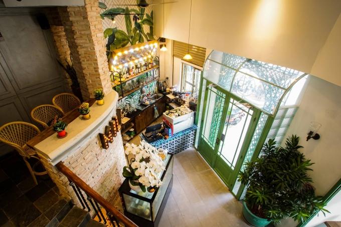 Chiều chủ nhật, thả hồn ở bốn quán cà phê trung tâm Sài Gòn - ảnh 1