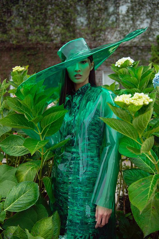 Cao Thiên Trang gợi cảm trong thiết kế của Lê Thanh Hoà - ảnh 6