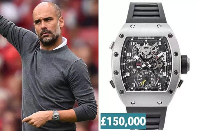 1. Guardiola đeo phiên bản đặc biệt của Richard Mille RM 004 All Gray.