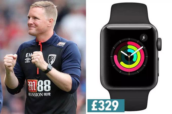 8. Eddie Howe đơn giản với Apple Watch serie 3.