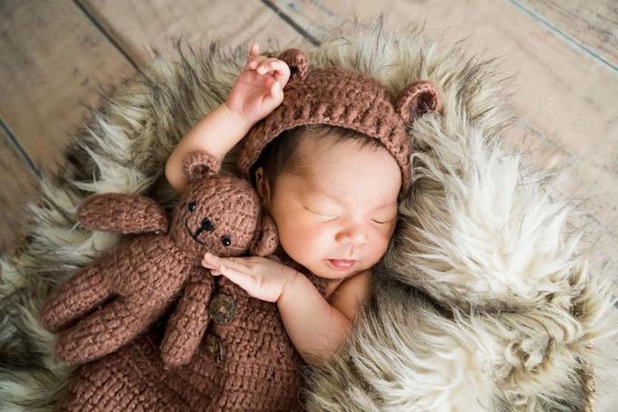 Hoàng tử bé chào đời vào ngày 17/7, nặng 3,2kg. Nhóc tỳ là trái ngọt thứ hai trong cuộc hôn nhân của vợ chồng Hải Băng - Thành Đạt.
