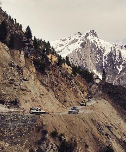 Những con đường rớt tim ra ngoài thách thức phượt thủ - 5