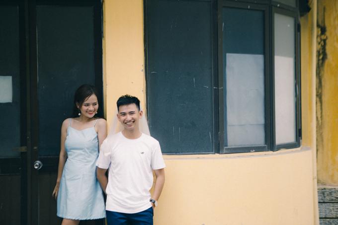 Một thước phim khác ghi lại khoảnh khắc hạnh phúc của hai vợ chồng ở trường Đại học.