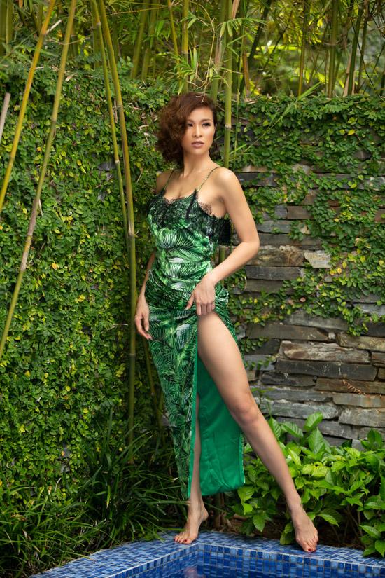 Nhiều năm qua mặc dù không còn theo đuổi hoạt động người mẫu nhưng Phương Mai vẫn giữ được body gợi cảm nhờ chăm chỉ tập gym, ăn kiêng kỹ lưỡng. Cô đam mê bộ môn múa cột, thậm chí còn dựng cột ở nhà để hàng ngày có thể tập luyện. Cũng nhờ vậy cô luôn tự tin theo đuổi phong cách ăn mặc sexytại các event.