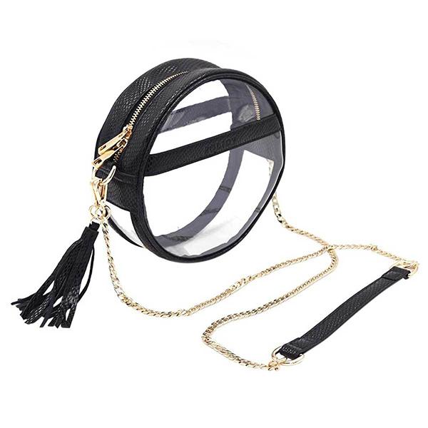 Túi xách trong veo tiếp tục được cải tiến về mẫu mã để tạo nên sức hấp dẫn mới trước các tín đồ thời trang.