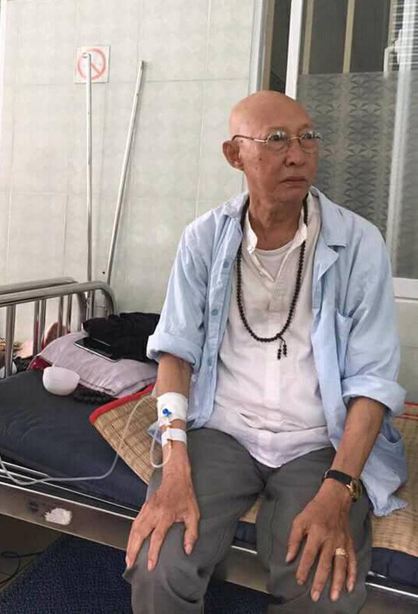 Nghệ sĩ Lê Bình tiều tụy, sút cân nhiềutừ khi phát hiện mắc ung thư phổi vào tháng 4.