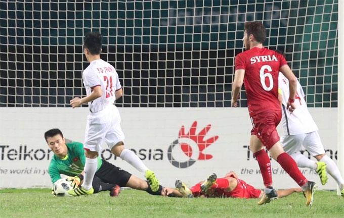 Bùi Tiến Dũng và các đồng đội làm nên lịch sử khi đưa Việt Nam lần đầu lọt vào bán kết bóng đá nam Asiad.