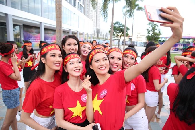 Ngày mai, 43 thí sinh tiếp tục bước vào đêm thi thứ hai của Người đẹp Thời trang.