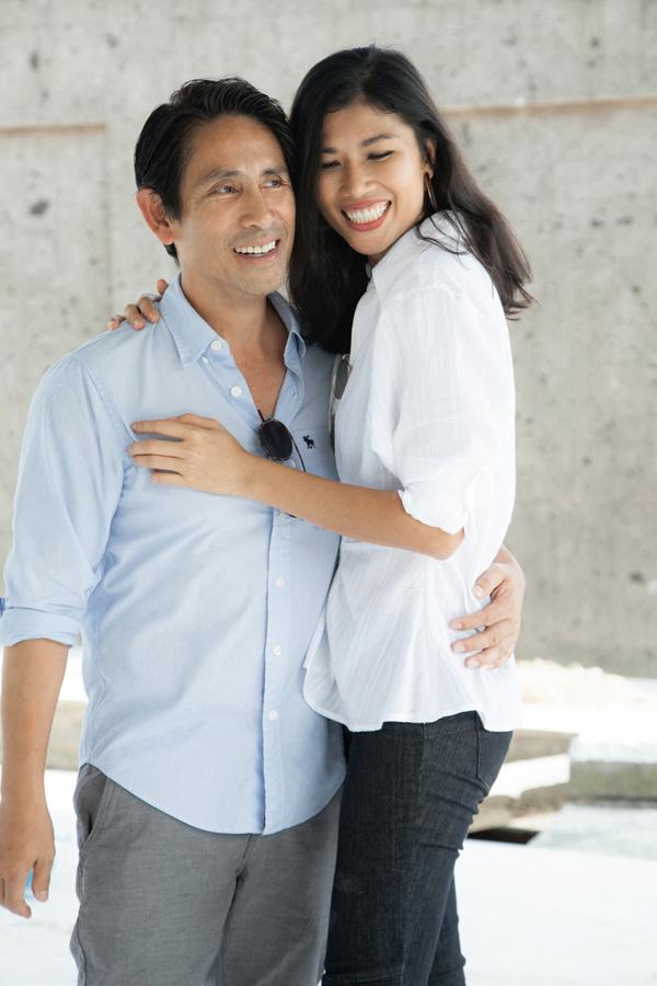 Kết hôn với bác sĩ Việt kiều Trần Tiến Chánh đã ba năm, Trang Lạ chưa vội sinh con mà tận hưởng cuộc sống vợ chồng son rất hạnh phúc. Cả hai thường xuyên đi du lịch các nước để hâm nóng tình yêu.