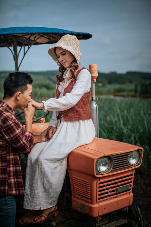 Trong hai năm yêu nhau, cả hai cũng chịu thử thách về khoảnh cách địa lý.Linh theo học ở Đồng Xoài, cách chỗ của Bình Minh tới 40 km nhưng uyên ương luôn dành thời gian đểgặp mặt nhau thường xuyên.