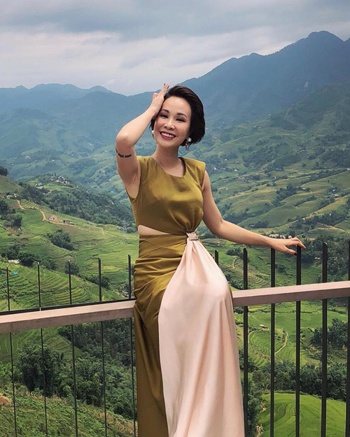 Uyên Linh đang ở Sapa du lịch và tự nhận mình là Xa Thi Mạn: Sau thành công của Diên hy công lược, Xa Thi Mạn đang tận hưởng kỳ nghỉ tại Sapa, Việt Nam.