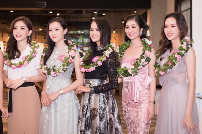 Chất lượng thí sinh năm nay được đánh giá nổi bật. Cuộc thitổ chức với nhiều hoạt động đa dạng, bám sát theo Hoa hậu Thế giới. Sau đăng quang, tân Hoa hậu sẽđại diện Việt Nam tham gia Miss World 2018 ở Trung Quốc.