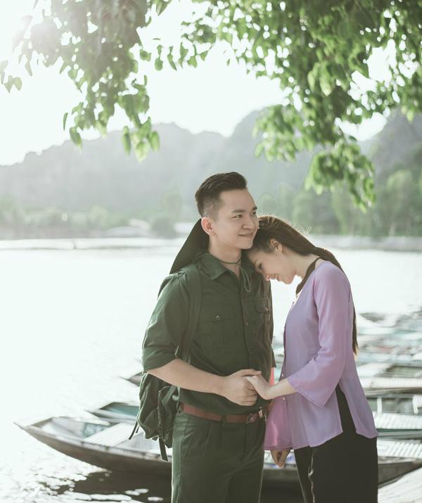 Á hậu Thụy Vân khoe giọng hát dân ca ngọt ngào cùng MC Hạnh Phúc  - 11