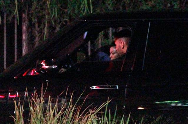 Kourtney và Younes Bendjima trong xe hơi hôm thứ 2.