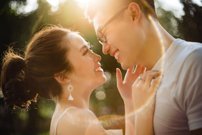 Bức ảnh nàycủa uyên ương từng được đăng tải tronghội nhóm nhiếp ảnh cưới trên Facebook và đoạt giải ảnh cưới ấn tượng trong tuần.
