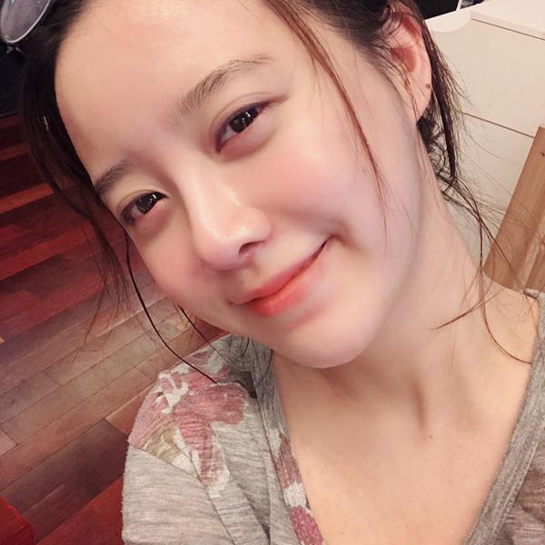 Nữ thần mặt mộc Goo Hye Sun tiết lộ bí quyết chăm sóc da - ảnh 3