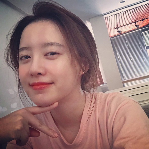 Nữ thần mặt mộc Goo Hye Sun tiết lộ bí quyết chăm sóc da - ảnh 4