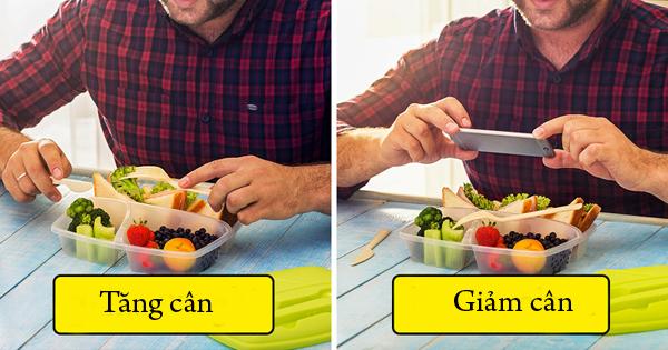 Chụp ảnh món ăn Thói quen tưởng chừng như chẳng liên quan gì đến việc ăn uống thực chất lại có ích cho việc giảm cân. Khi chụp lại ảnh món ăn, bạn sẽ mất vài phút để xác nhận rõ món mà mình sắp ăn, từ đó ý thức được rõ ràng lượng calories sẽ nạp vào cơ thể. Nếu nhận thấy món ăn quá nhiều so với khẩu phần quy định, bạn sẽ chủ động giảm bớt. Lưu lại hình ảnh các món ăn cũng giúp bạn dễ dàng kiểm soát thực đơn ăn uống hàng ngày.